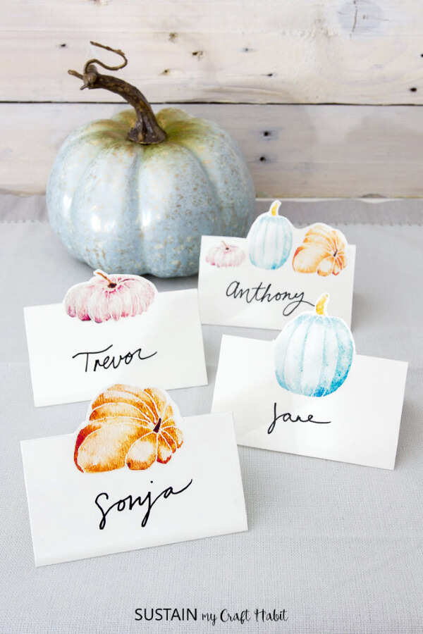 watercolor pumpkin place cards