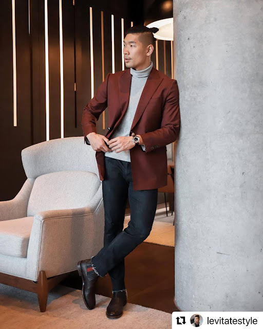 8 Valentine's Day Outfits for Men - Merlot Blazer and Turtleneck from Express