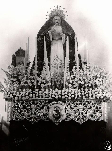 Recuperación y puesta en valor de los respiraderos del antiguo paso de Nuestra Señora de los Dolores del Cerro del Águila