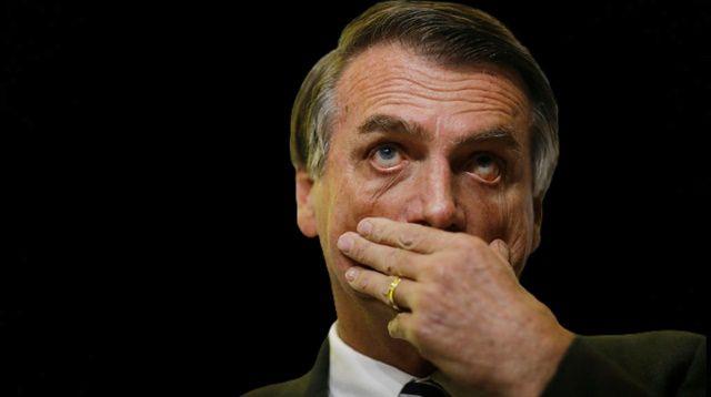 Aprovação de Bolsonaro está abaixo de 30%, enquanto 39% rejeita o presidente