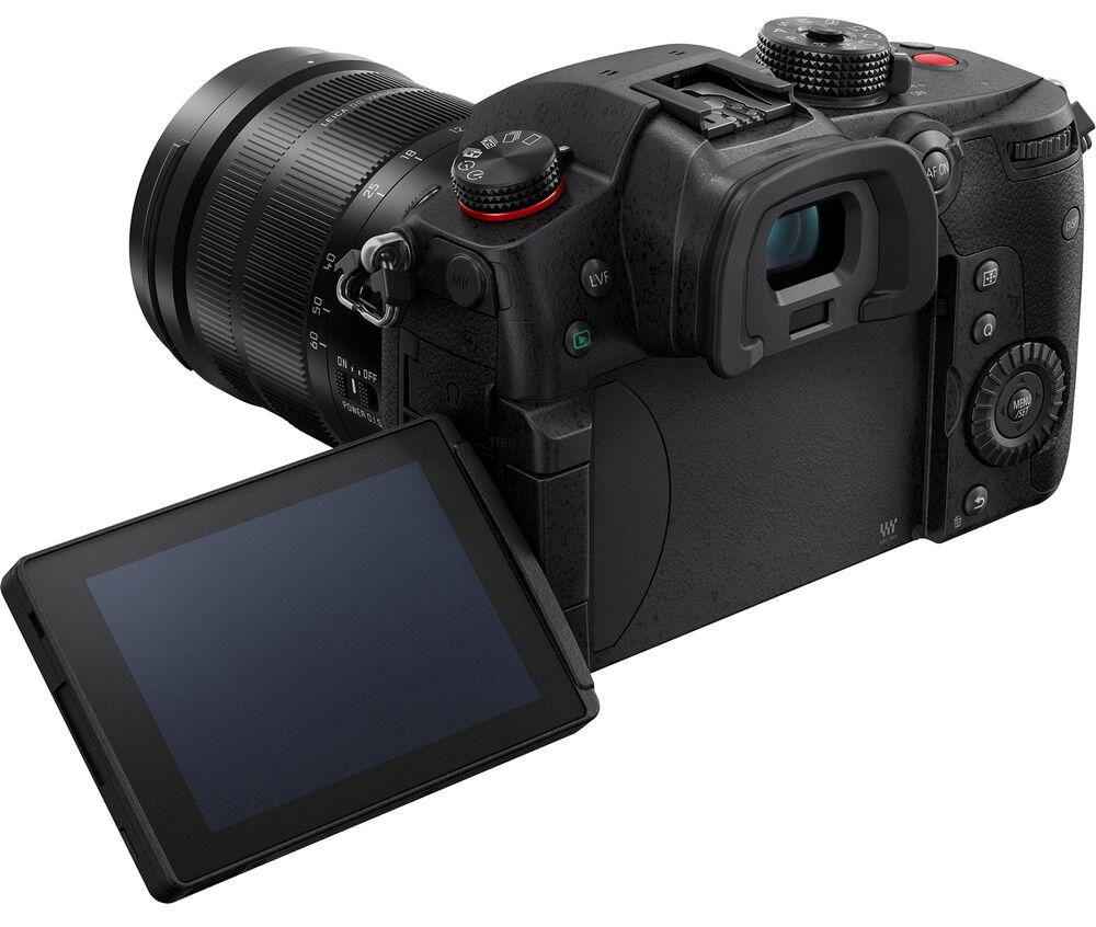 Panasonic Lumix GH5 II, вид сзади