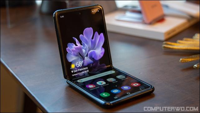 ما الذي أصبح الهاتف الذكي القابل للطي بناءً على تصميمه ومبدأ التشغيل؟ WZeH9AQXp8frwN9uYKWYTd