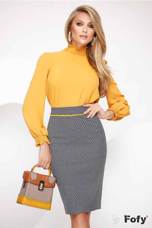 Bluza eleganta office galbena cu guler si mansete incretite