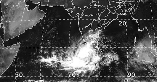 Get to know about An Unusual Storm : 'Cyclone Ockhi'