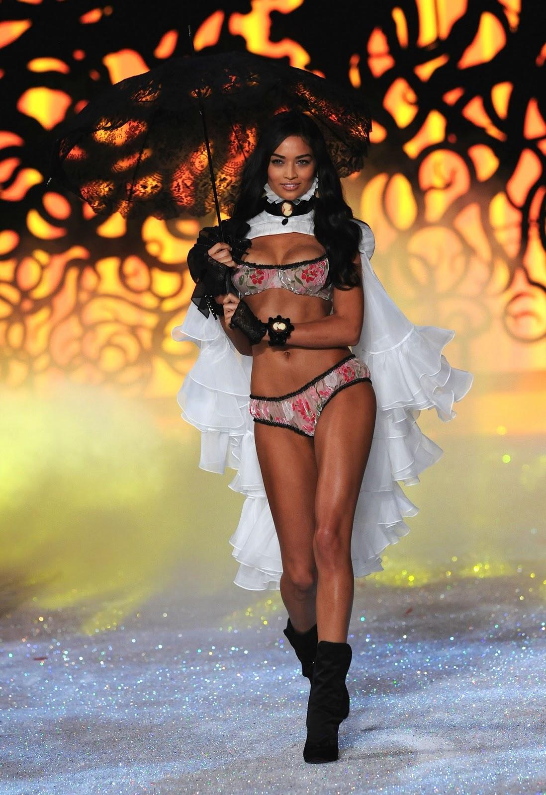 35b7bd6fdc Shanina Shaik  Victoria s Secret Fashion Show 2011 HQ. I really like her.