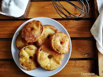 Rodajas de manzana rebozadas