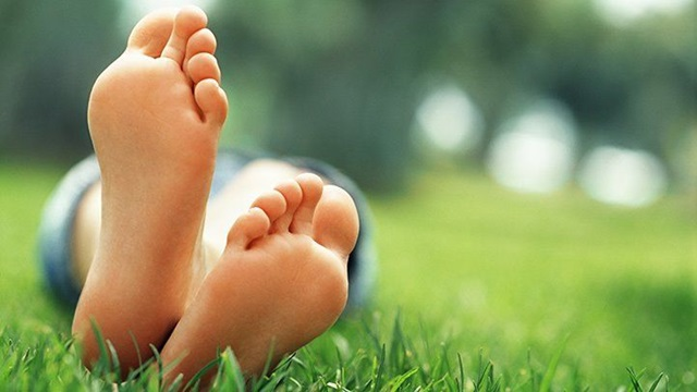 Menjadi kebiasaan apabila duduk terlalu lama kaki menjadi kebas atau di panggil sesemut oleh sesetengah orang. Namun sering mengalami kebas di kaki mungkin tanda penyakit. itu yang kita wajar ambil tahu.  https://www.huhahuhajerr.com/2021/07/sering-mengalami-kebas-di-kaki-mungkin-tanda-penyakit-jangan-ambil-mudah-tau.html