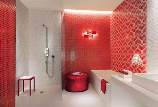 Baño en color rojo