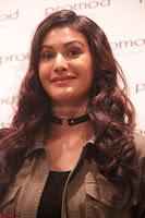 Amyra Dastur Looks Super cute At Denim Atelier (13).JPG