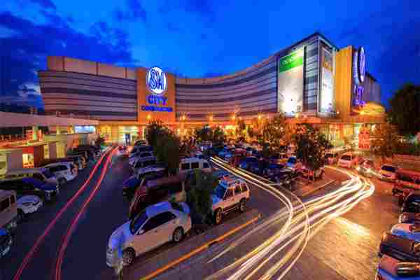 Best Large Shopping Malls SM City Consolacion Cebu Boutique Supermarkets Shops Movie Theater Pastry Beverages Restaurants Coffee Cebu Philippines 2018