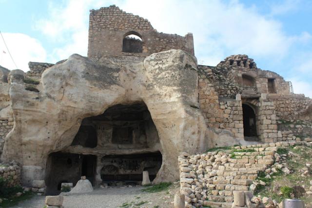 Kasır-rabi-magara-evi