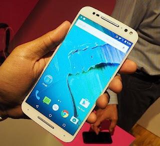 Android Kamera Depan Ada LED Flash Motorola Moto X Style
