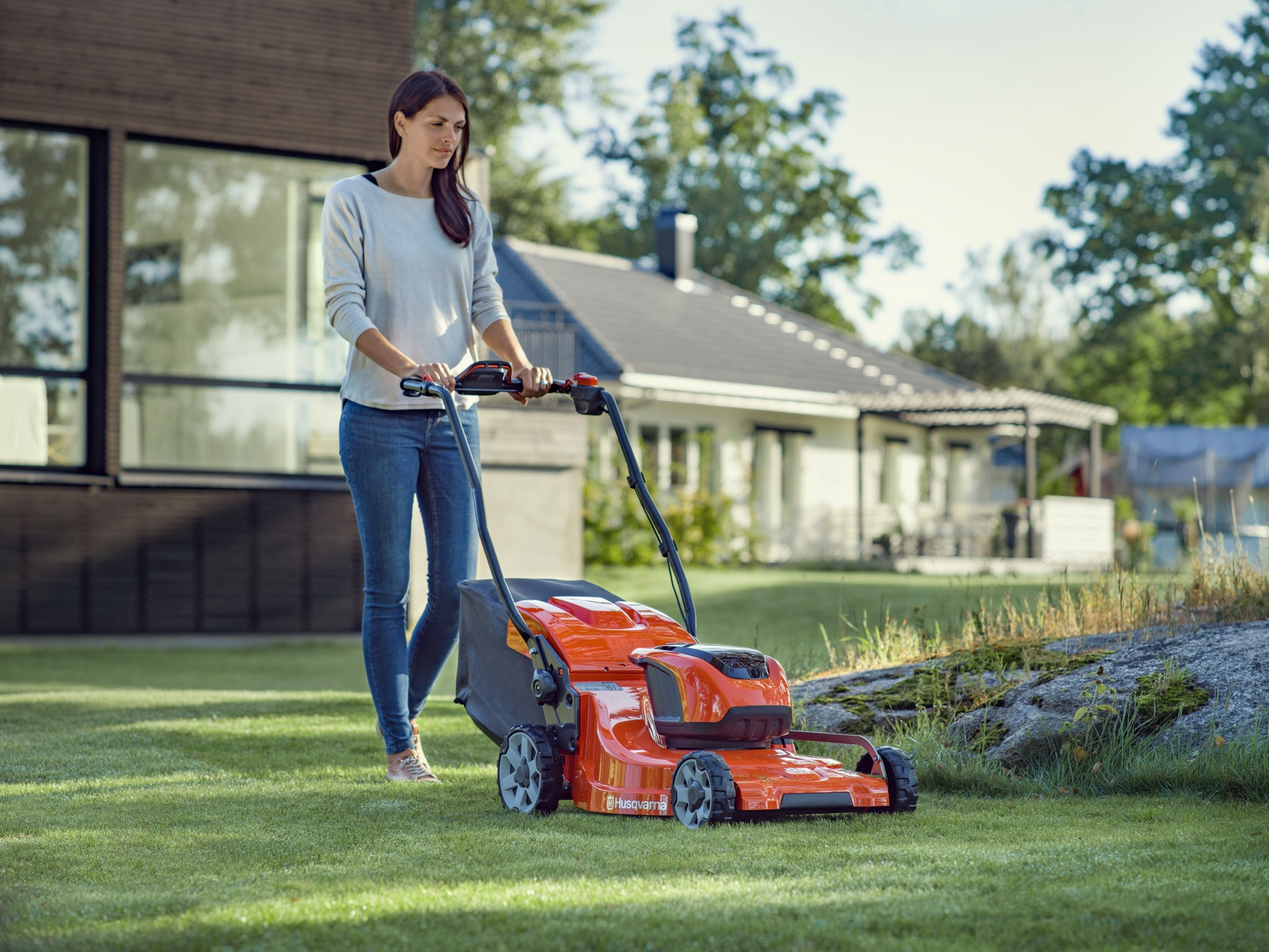 The Best Electric Lawn Mowers 2020
