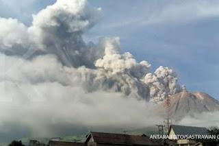 10 Misteri Gunung Sinabung