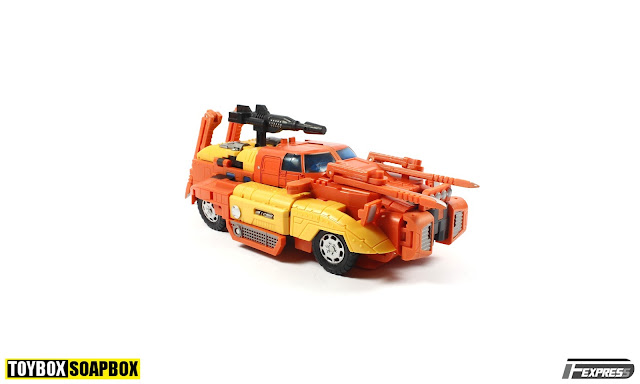 masterpiece sandstorm car