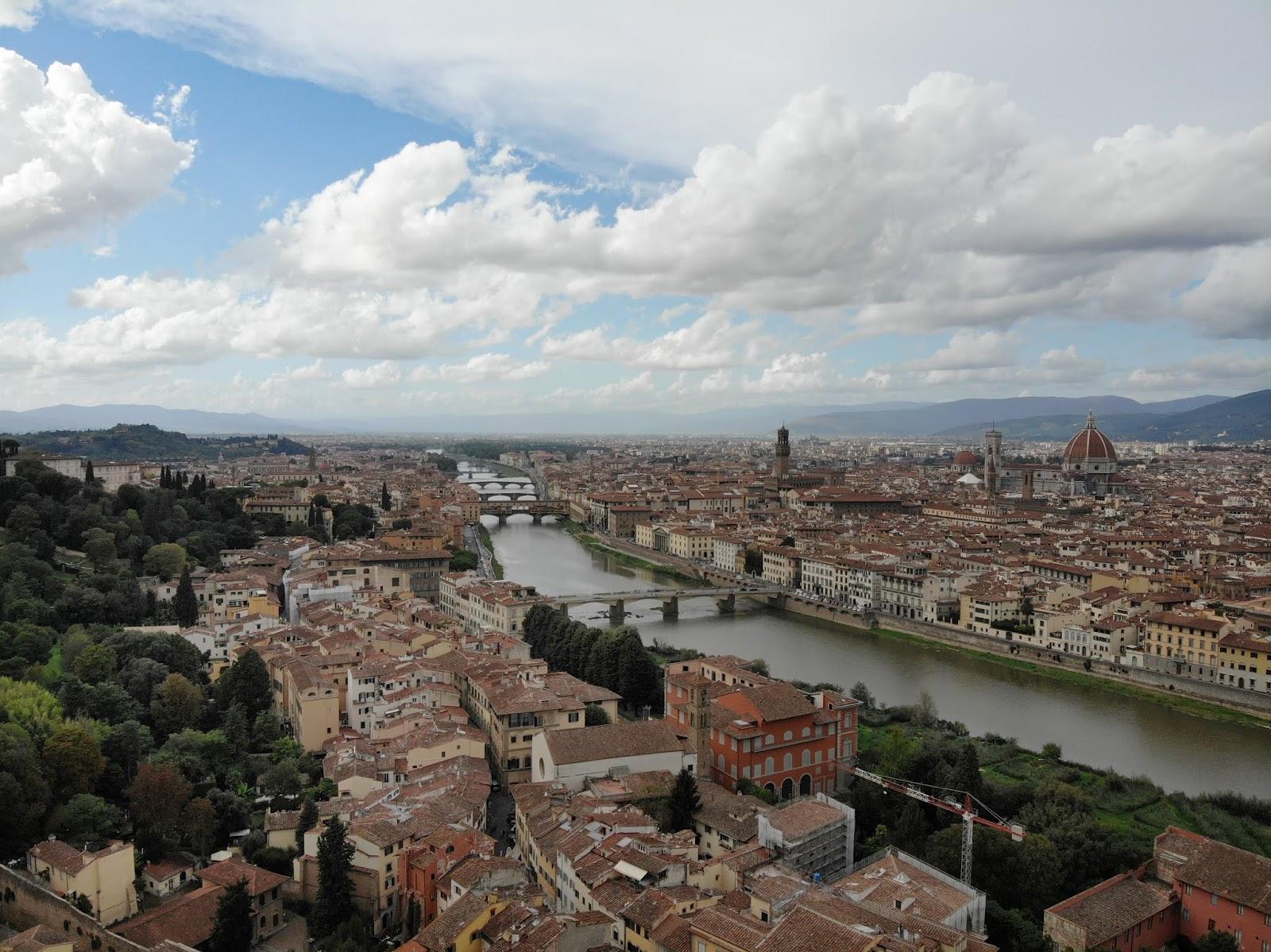 Dronebilde av Firenze - copyright TEGB