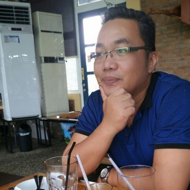 Salomo Malau Direktur PT Taslab Media Pers, penerbit media online www.taslabnews.com
