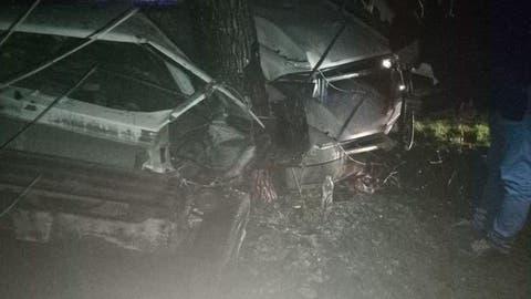 Accident violent în r.Cantemir. Un tânăr de 22 de ani, spitalizat după ce a intrat cu mașina într-un copac