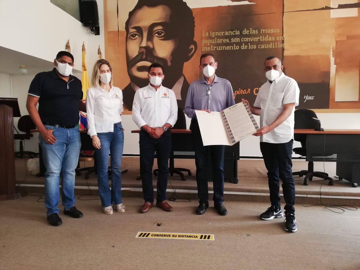 hoyennoticia.com, Asamblea reconoce apoyo de Cerrejón a La Guajira durante la pandemia