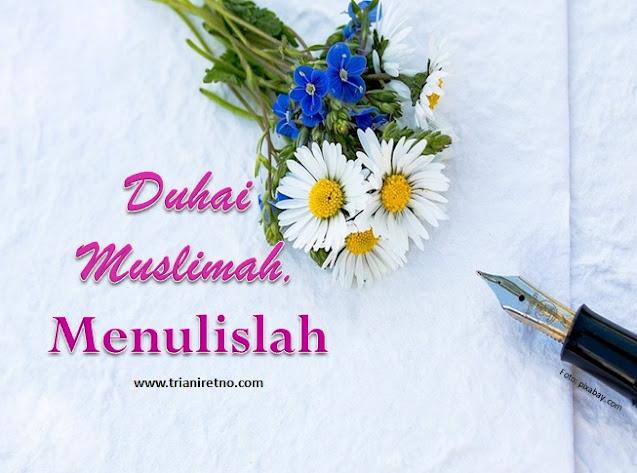 Muslimah menulis