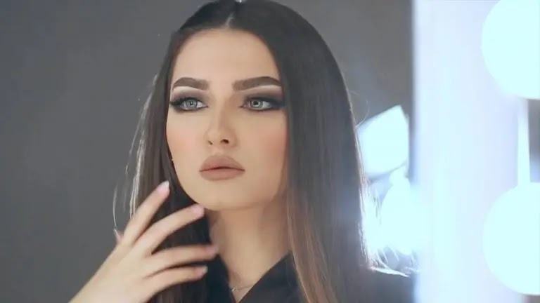 Attractive lipstick in winter 2021