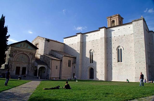Piazza San Francesco em Perugia