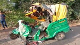 ग्वालियर में आटो रिक्शा और बस की टक्कर में 13 की मौत, आरटीओ को किया सस्पेंड