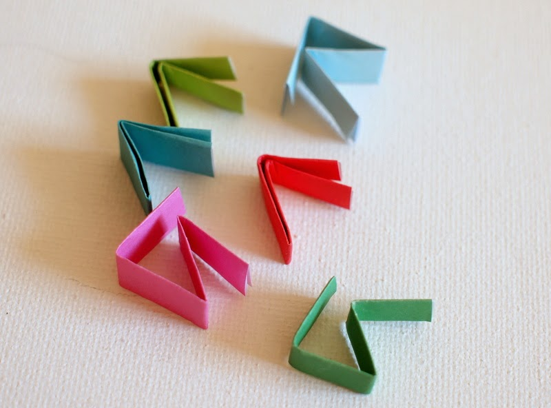 fold paper pieces for slingshot