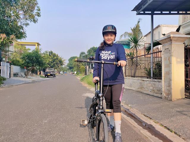 902lab Helm Sepeda Snapback