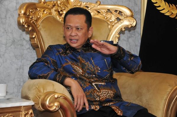 Respon Wabah Virus Corona, Ketua MPR Dorong Pemerintah Kreasi Kebijakan Stimulus Ekonomi