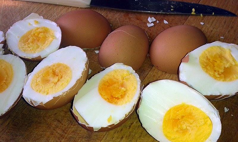 Jajka faszerowane w skorupkach - smaki prowincji