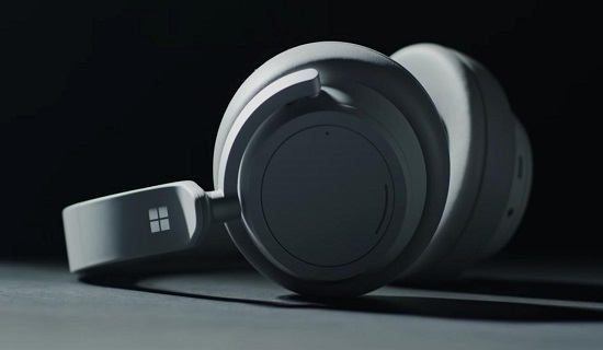 Microsoft Unveils New Surface Headphones 2