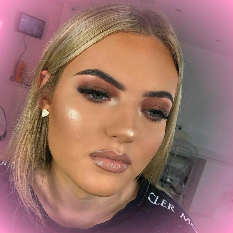 O que fazer para o seu rosto não ficar oleoso com maquiagem