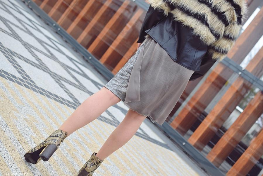 oryginalne botki, wąż, sukienka za kolano, stylizacja blogerek