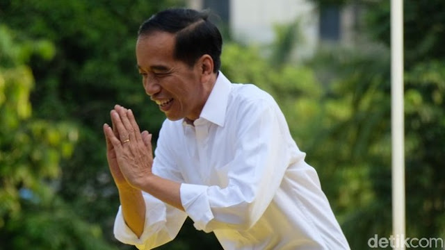 5 Daftar Kebijakan Plin-plan Jokowi yang Batal 'Secepat Kilat'