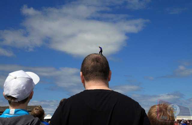Walking on my head illusion