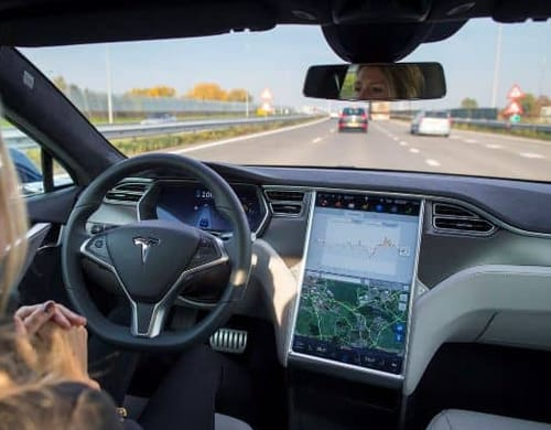 Tesla faces a formal investigation into automated pilot incidents