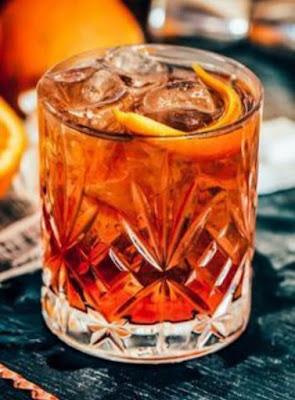 """<img src=""""non alcoholic men drink.png"""" alt=""""men drink non alcoholic  cocktail. NA Cocktails. """">"""