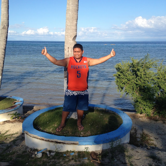 Thadz enjoying Virgin Beach Resort in Daanbantayan Cebu Philippines