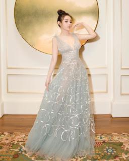 Huyền Baby: 'Tôi mặc váy giống Jennifer Lopez nhưng hở ít hơn'