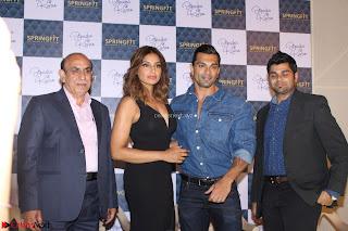 Bipasha Basu with Karan Singh 49.JPG