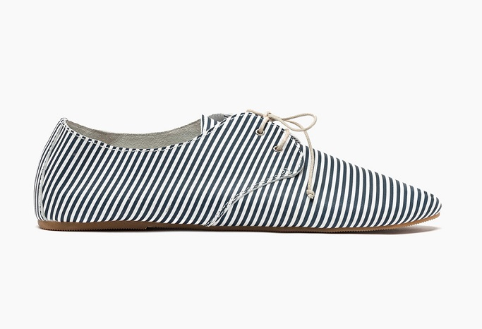 Navy stripe hobes