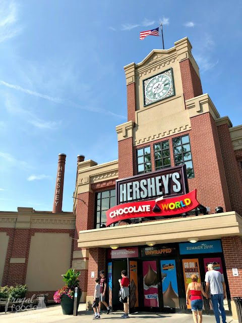 Make your own chocolate bar, take a trolley tour of Hershey, & sample a milkshake flight at Hershey's Chocolate World.
