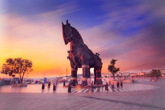 What is a Trojan Horse? - Towards Cybersecurity