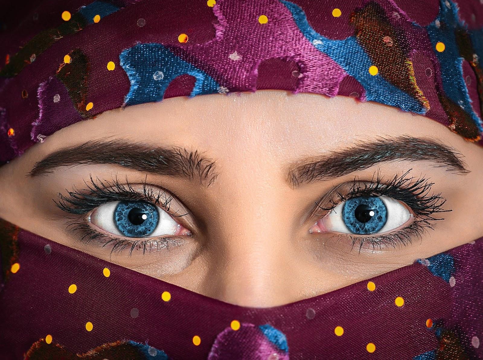 Beautiful Blues Eyes DP