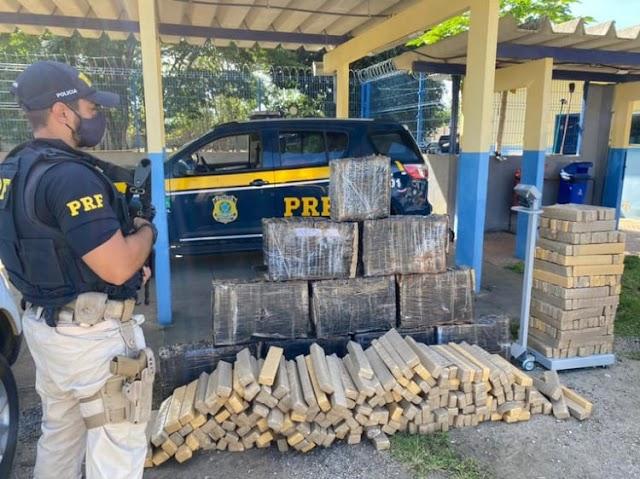PRF apreende mais de 1 tonelada de maconha e prende batedores na BR-116