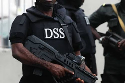Video: Journalists , Others On-the-run As DSS Shoots At Sowore's Protesters