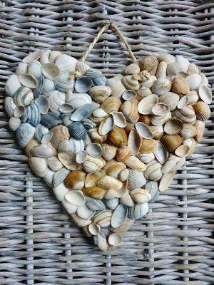 How%2Bto%2Buse%2Bbranches%252Cseashell%2Band%2Bstones%2Bin%2Byour%2Bhome%2B%252813%2529 How to use branches,seashell and stones in your home Interior