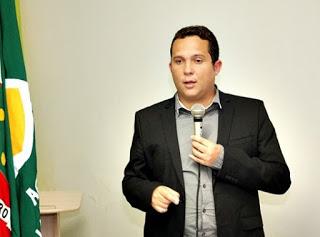 Em confraternização Thiago Cavalcanti (PTB) nega sua candidatura para 2020 e ainda firmar que vai explicar muitas coisas ao povo de Limoeiro