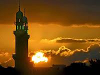 Suara Mesum Terdengar dari Menara Masjid, Wali Kota Marah Besar